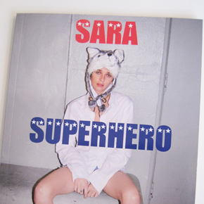 Valerie Phillips『Sara Superhero』